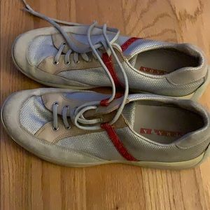 Prada shoes in good condition